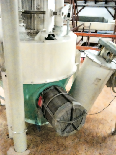 Flameless Venting Q-Rohr on a vertical hammermill for grain/ malt, brewery